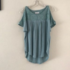NWT Lucky Brand Cold Shoulder Top Size XS